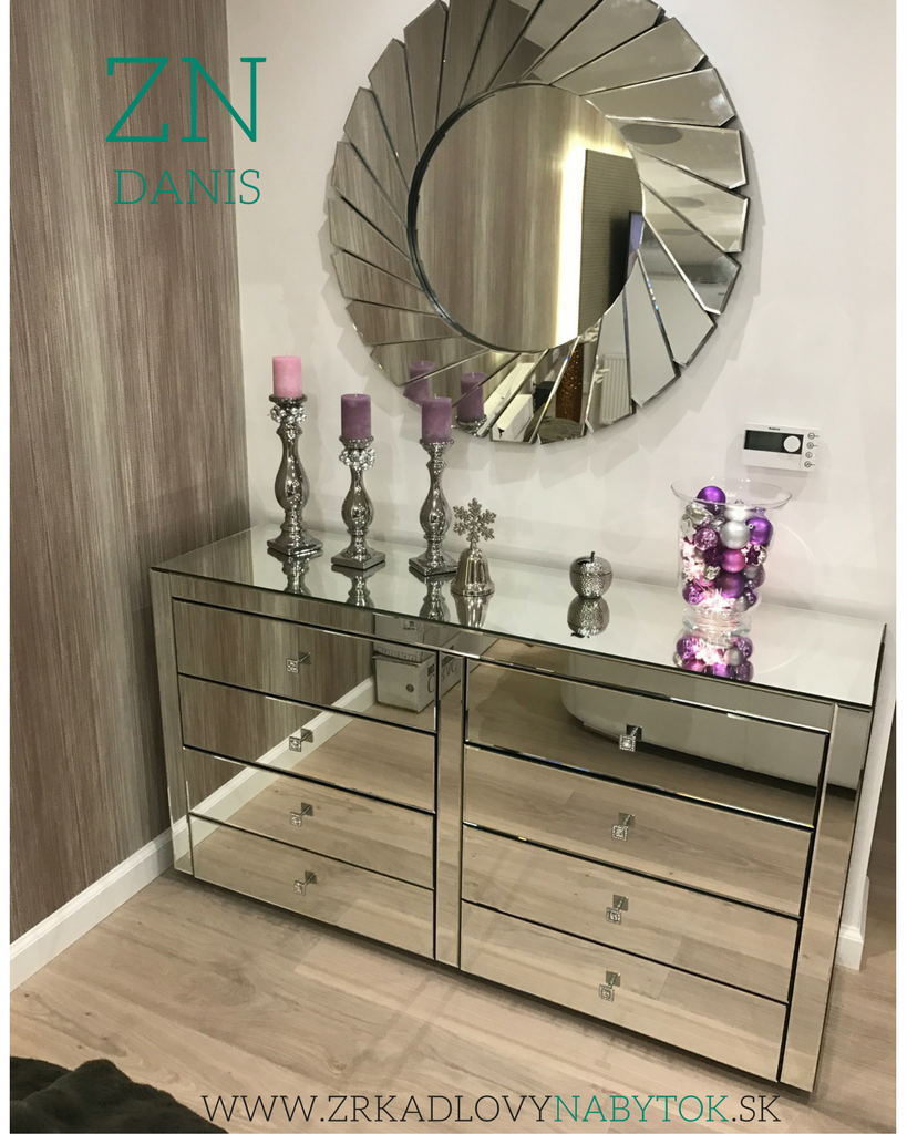 moderná obývačka, zrkadlová komoda