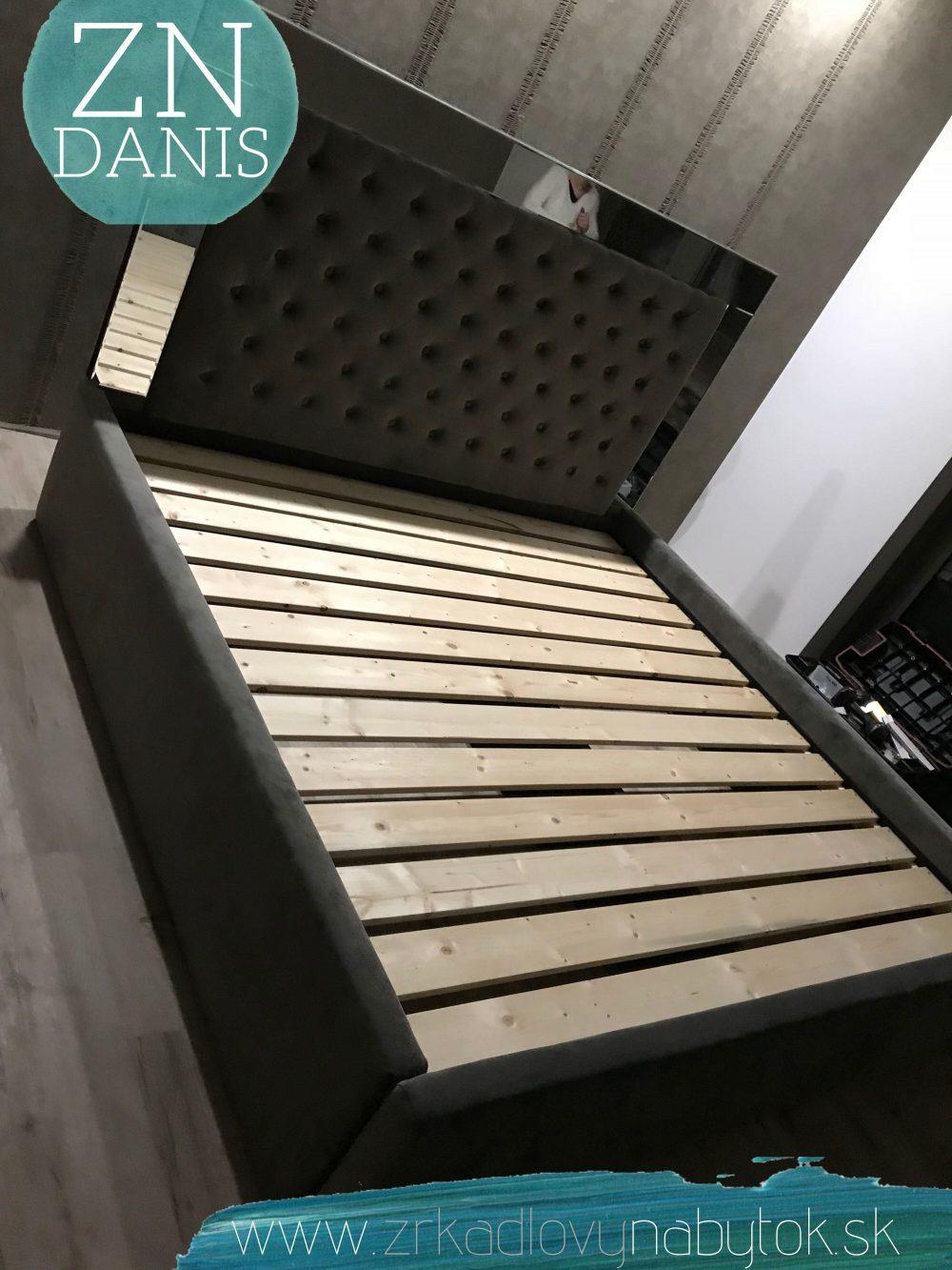 luxusná zrkadlová posteľ