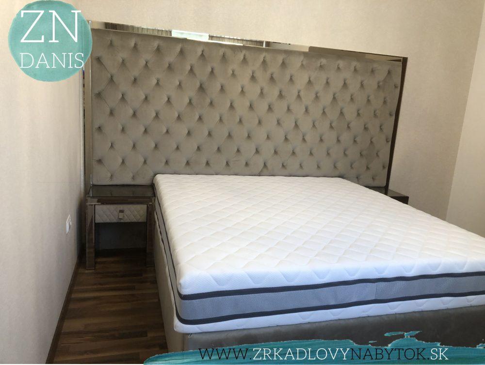 luxusná čalunená posteľ