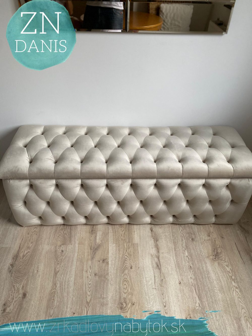 luxusná čalunená lavica